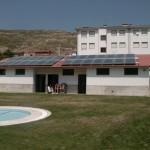 Placas solares térmicas en las piscinas de San Roman de Cameros