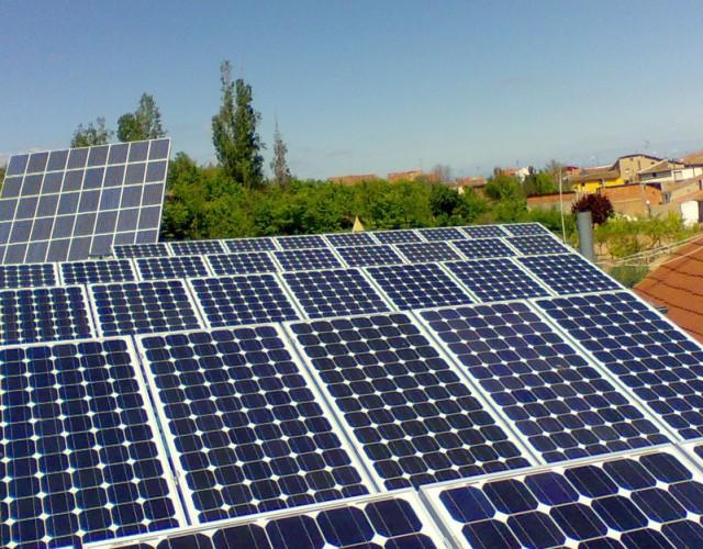 Placas energía solar fotovoltaica
