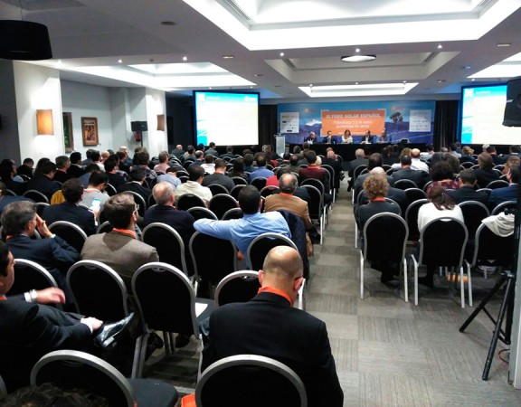 Conferencia sobre el autoconsumo en el III Foro Solar Español