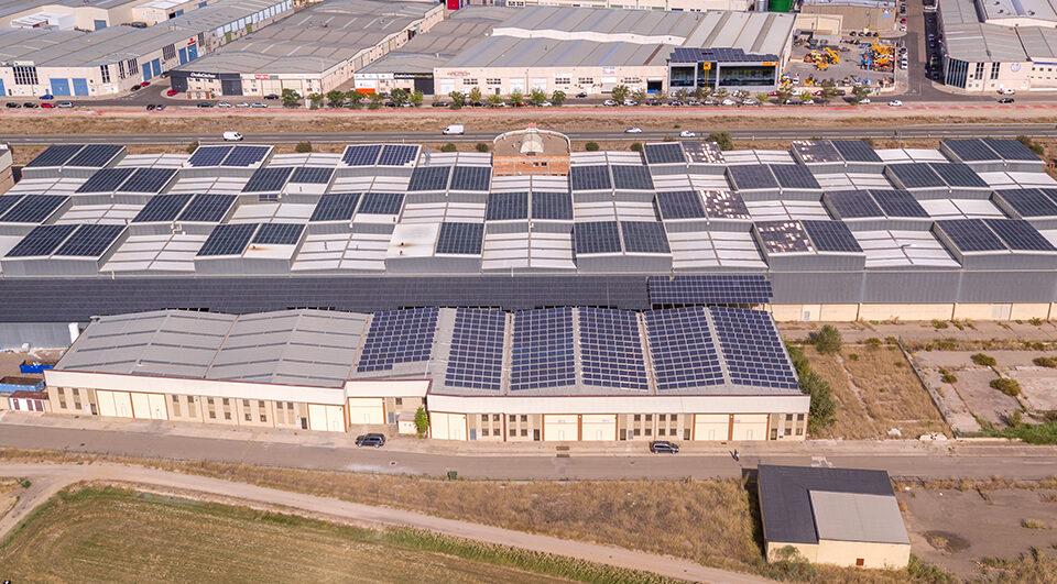 Instalación solar fotovoltaica de autoconsumo en la empresa BTV en Zaragoza