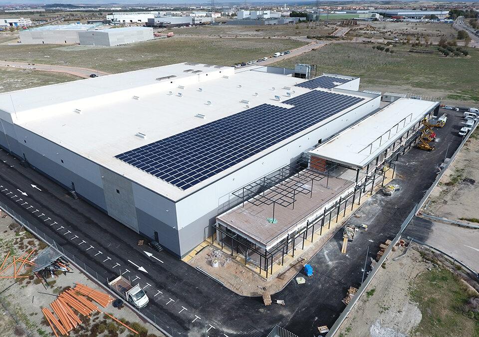Instalación solar fotovoltaica de autoconsumo en una industria alimentaria en Pinto