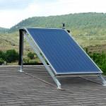 Instalación panel solar en vivienda