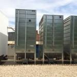 Silos de almacenamiento para la caldera de biomasa.