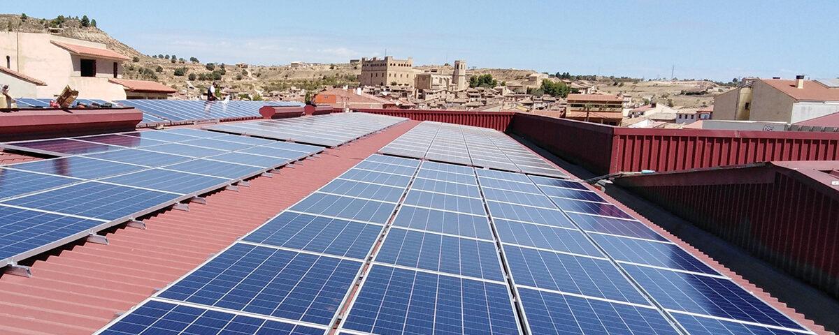 Instalación solar fotovoltaica de autoconsumo en la empresa Frutos Gil