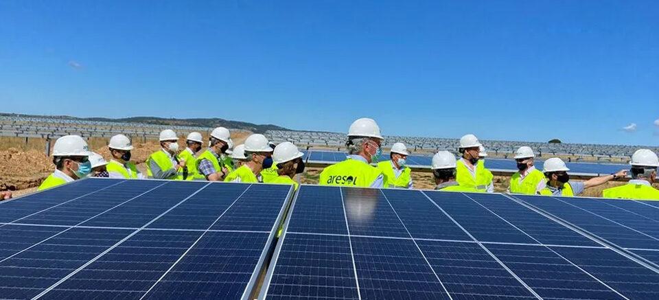Renertia lanza fondo para los proyectos fotovoltaicos de Aresol